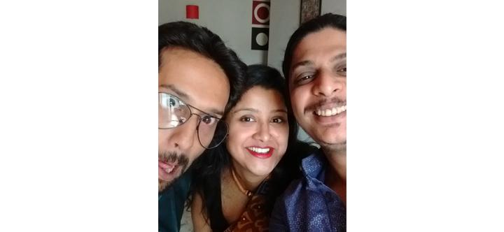 LemonadeinSummer-Selfie-Diwali